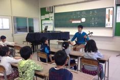 富山市立柳町小学校の全学年にて「三味線授業」開催